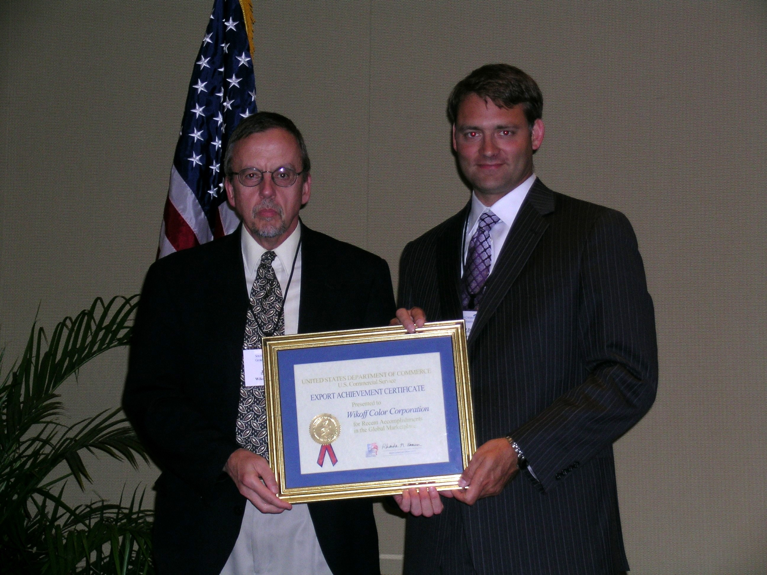 Accepting the Award: Jim, Freid, Director – Distributor and Export Sales